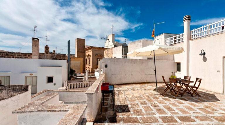 Appartamento con vista sui tetti del centro storico di Gallipoli